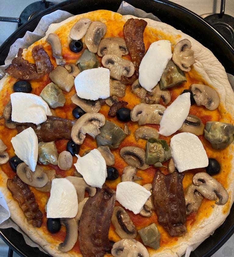 Przepis na pizzę capriciosa